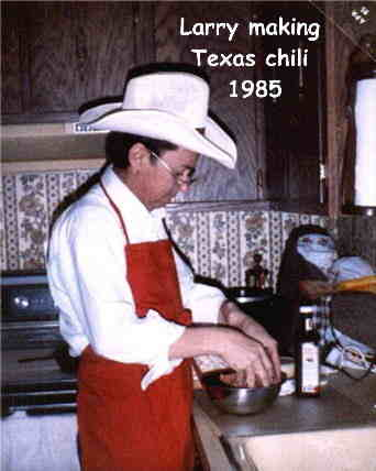 Larry making Texas chili 1985